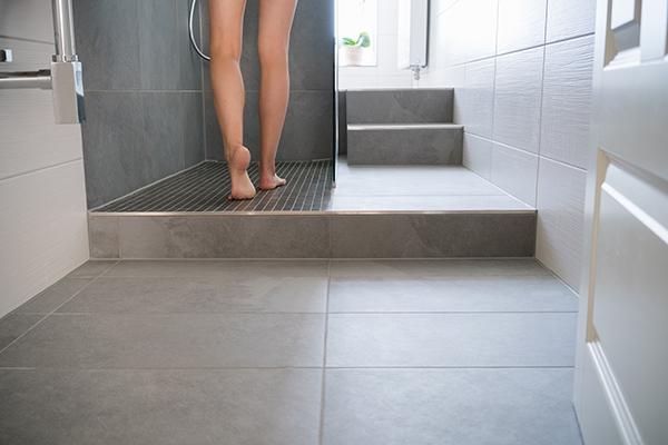 woman shower hidden camera